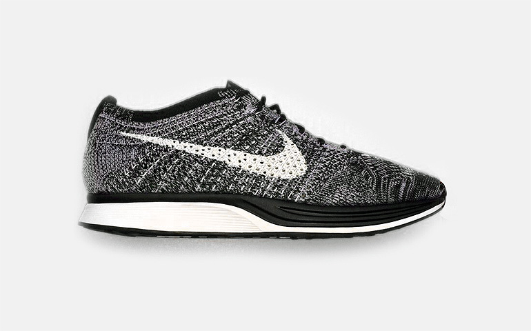 "on sale 77582 0ab2a Nike Flyknit Racer ""OREO"" 2.0"