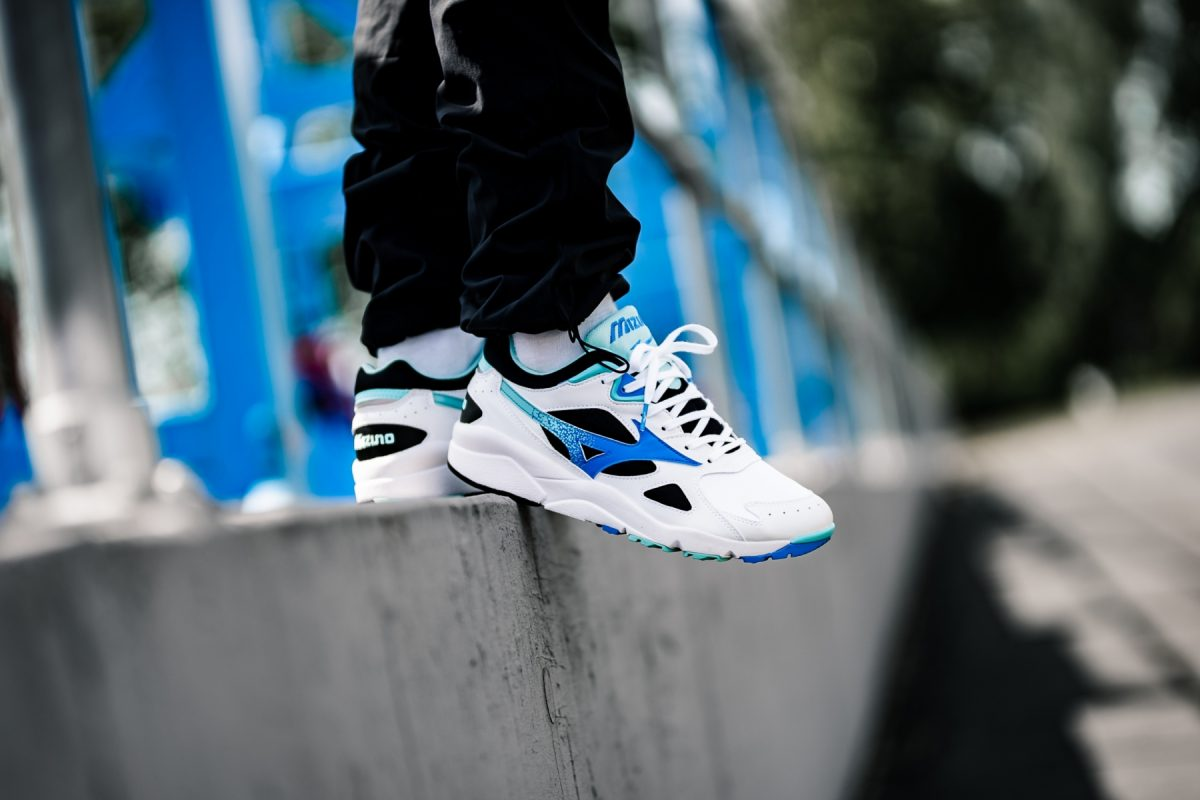Mizuno Sky Medal white black Blue SOLE AND SHAPE release date price