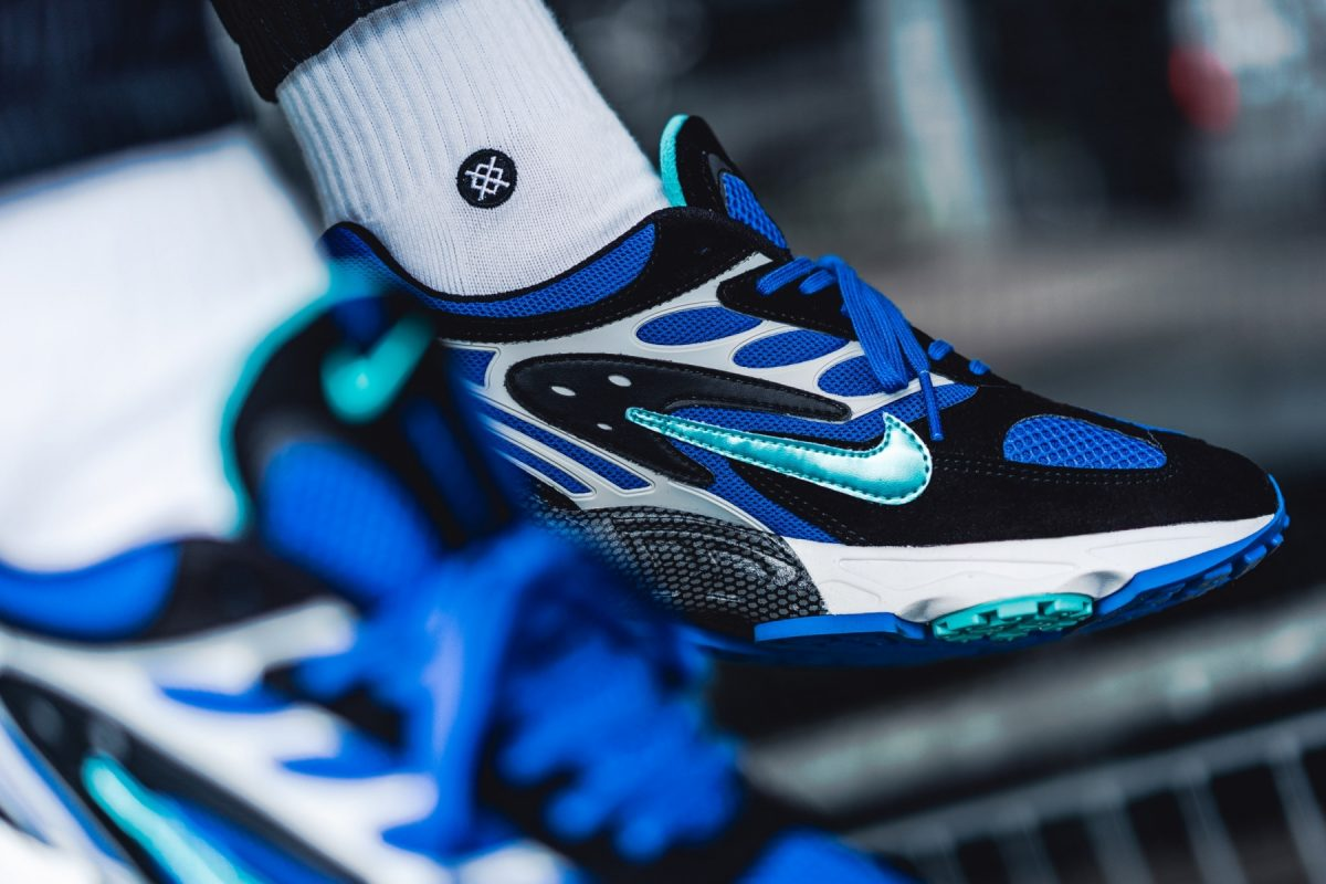 nike air ghost racer black blue at5410-001 release date price sole and shape 43einhalb